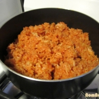 Com Do - Vietnamese Tomato Red Rice