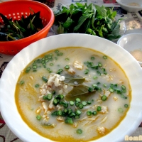 Kanom Jeen Nam Ya (Thai Fish Curry Soup)