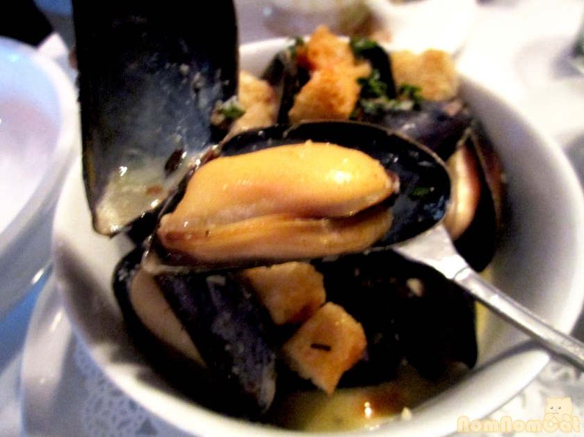 PEI mussel in its shell