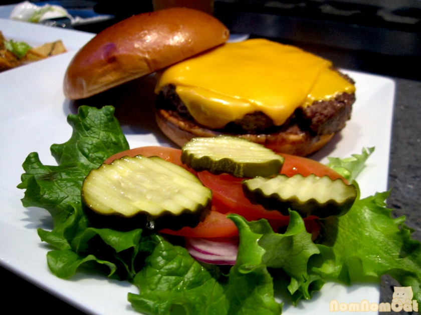 Buster's Cheeseburger